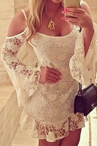 dress white off shoulder jumper off the shoulder boho boho dress white lace white lace dress bohemian vintage hippie preppy beautiful blogger summer summer dress summer outfits zaful