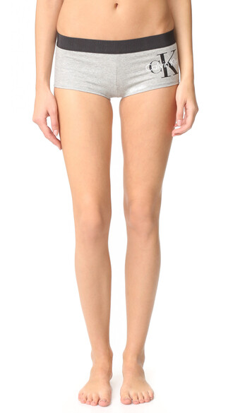 shorts retro silver