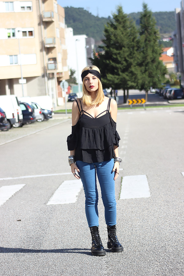 the black effect blogger top jeans