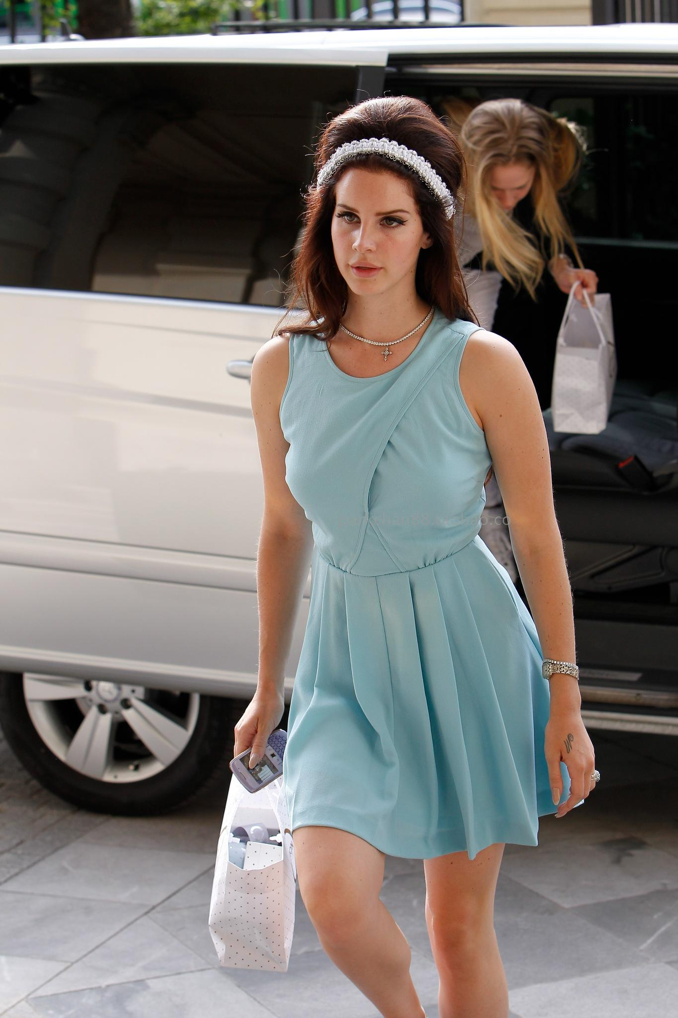 Thea shop Advanced lana del rey fresh vintage midsweet unique light blue one piece dress-inDresses from Apparel & Accessories on Aliexpress.com
