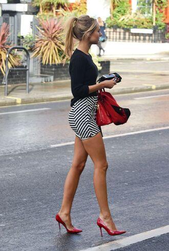 skirt mini bodycon stripes chevron white black high waisted high waisted tight short silky