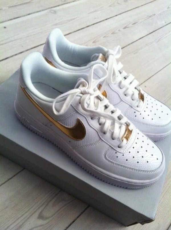 Shoes Gold White Nike Sneakers With Rhinestones On Tick