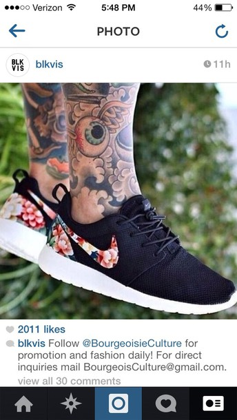 Custom womens size 6.5 koi fish and lotus flower hand painted roshes nike rosherun shoes