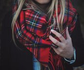 scarf,red,fashion,tartan,plaid,flannel scarf,tartan scarf,warm,cozy,style,outerwear,red plaid,winter scarf,scotish,green,white,blue,sweet,large
