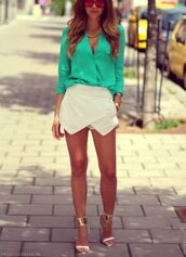 shorts,skorts,white skort,summer skirt,wrap skort,wrap shorts,icifashion,shoes,blouse,mirrored sunglasses,cute sunglasses
