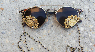 sunglasses gold details sun brown round glasses jewels galsses jewels accessories hippie glasses gold detail gold sunglasses gold lace sunglasses with gold black sunglasses rayban indie tribal pattern black and gold