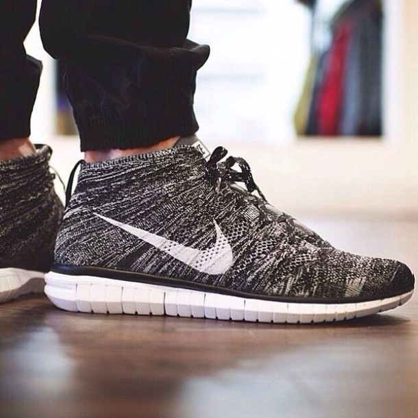 shoes nike nike shoes nike tennis shoes tennis shoes black shoes nike's nike running shoes grey black white flyknit sneakers flyknit chukka grey