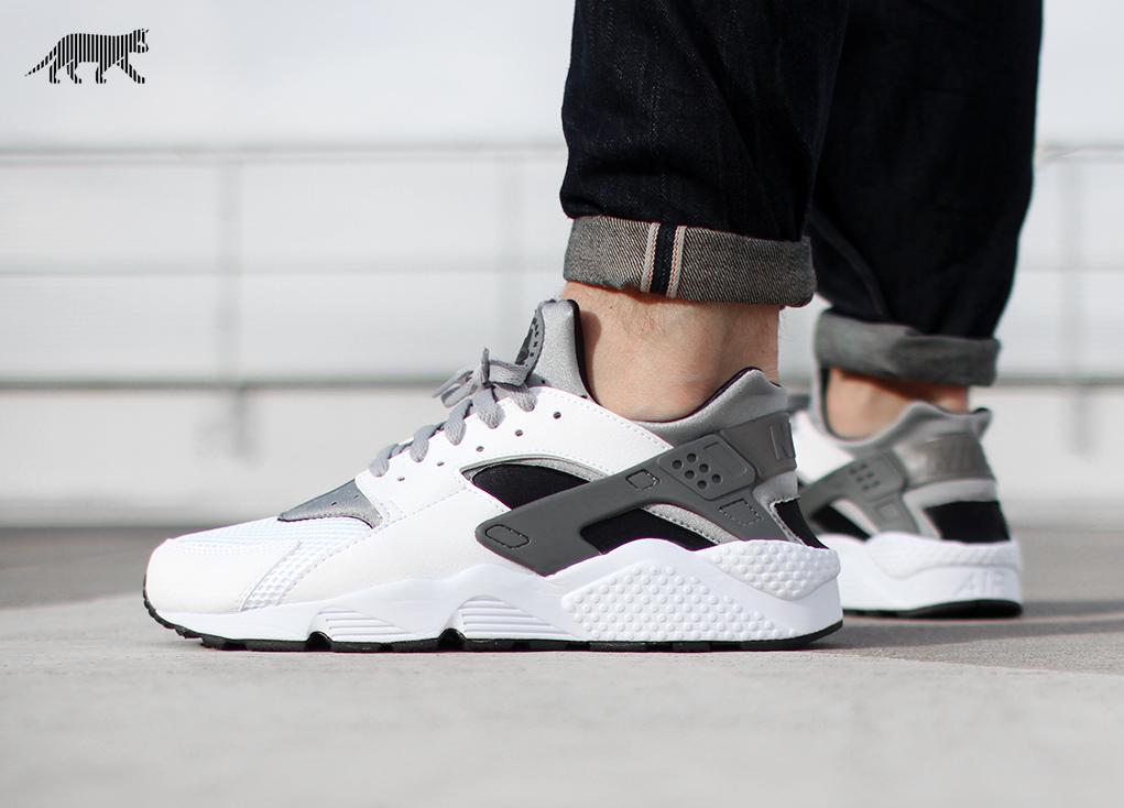 premium selection 08949 1aef6 Nike Air Huarache (White / Wolf Grey - Black - Cool Grey)