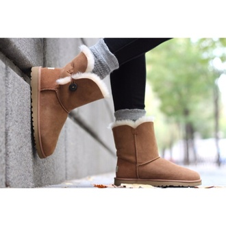 boots brown shoes shoes ugg boots cute shoes love them