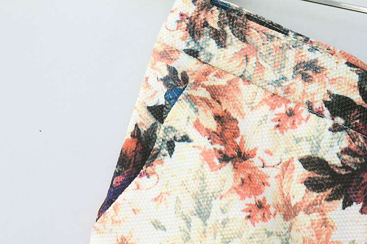 Apricot Casual Floral Back Pockets Pant - Sheinside.com