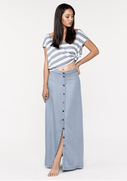 cf7dc74f23 skirt, lovestitch, maxi skirt, denim maxi skirt, blue maxi skirt ...