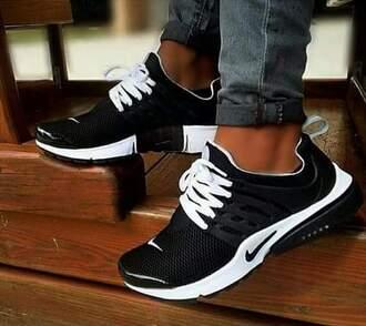 shoes black nike women black and white