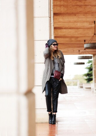 my daily style pants sweater coat shoes bag sunglasses leon and harper