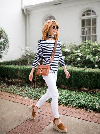 themiddlepage blogger t-shirt shoes bag sunglasses