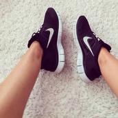 shoes,nike,black,nike free run,black nikes,nike running shoes,nike sneakers