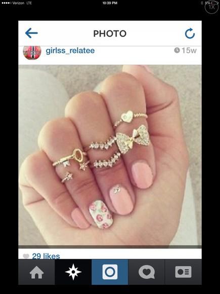 bows jewels ring gold key