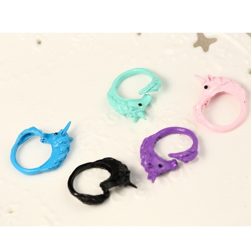 Aliexpress.com : buy 1pc 2014 korean lovely candy color unicorn finger ring unique party rings for women cavalo christmas gift from reliable ring anklet suppliers on yiwu miaolan jewelry (min order is $15 gifts)