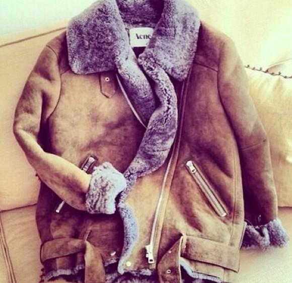 grey manteau acne studios col fourrure coat fourrure acne acne coat burgundy marron gris winter coat winter outfits winter/autumn cute cute cute cute beautiful coat fashion shearling jacket