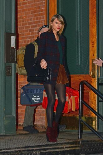 skirt coat taylor swift fall outfits ankle boots