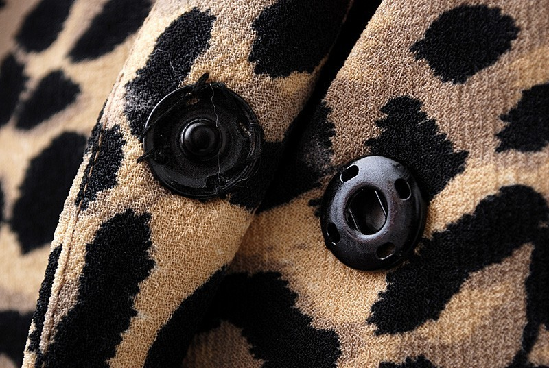 Leopard Long Sleeve Covered Button Pockets Coat - Sheinside.com