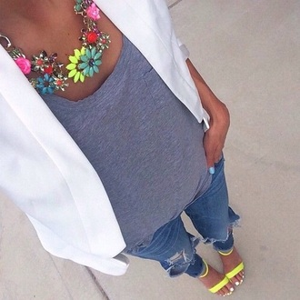 jacket white blazer big necklace jeans shoes jewels