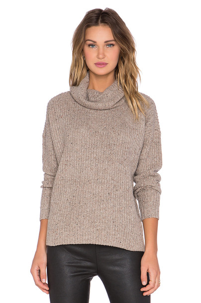 Soft Joie sweater tan
