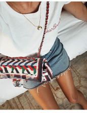t-shirt,tumblr,white t-shirt,embroidered,embroidered t shirt,bag,printed bag,pattern,skirt,mini skirt,denim skirt,necklace,frayed denim skirt,embroidered tshirt,embroidered bag,embellished bag,crescent pendant,jewels,gold,gold necklace,jewelry,gold jewelry,accessories,Accessory