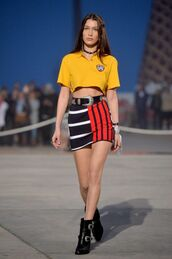skirt,top,bella hadid,ankle boots,runway,tommy hilfiger,mini skirt,crop tops,choker necklace,jewels,necklace,black choker,buckles,accessories,Accessory,model