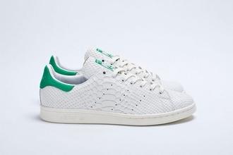 shoes adidas stan smith white green basket sportswear enjoy hypster bling sneakers adidasstansmith snake skin consortium snake
