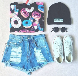 t-shirt top black shorts tank top shirt shoes denim shorts converse beanie hat