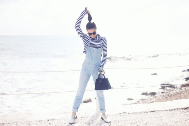 frassy blogger casual striped top denim overalls sweater bag sunglasses