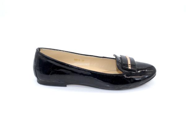 Black Vintage Flats