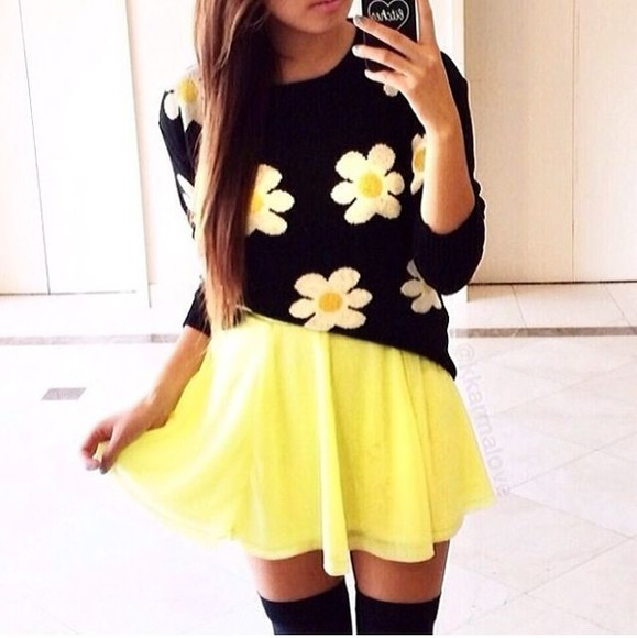 skirt yellow skirt shirt flower top