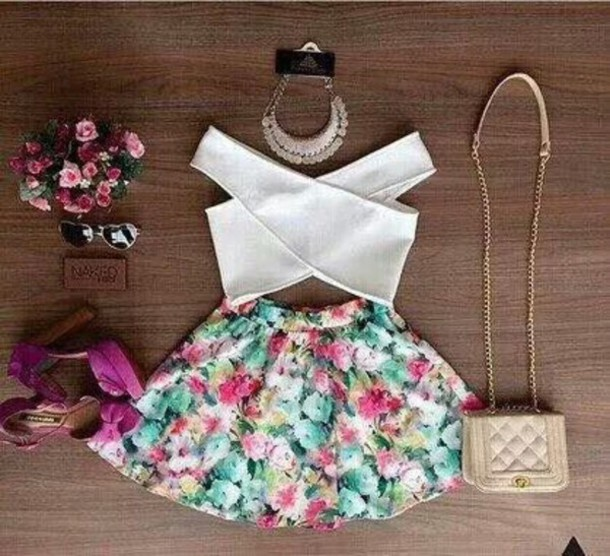 skirt top shoes shirt romper crop tops bag girly blouse white cropped criss cross front criss cross back cute summer dress tank top crop tops fashion style black dress white dress white top croisés floral dress floral skater skirt floral green mint pink fashion bloggers clothes colorful floral skirt lilac sandals mini skirt white crop tops nude bag summer outfits necklace statement necklace platform high heels skater skirt