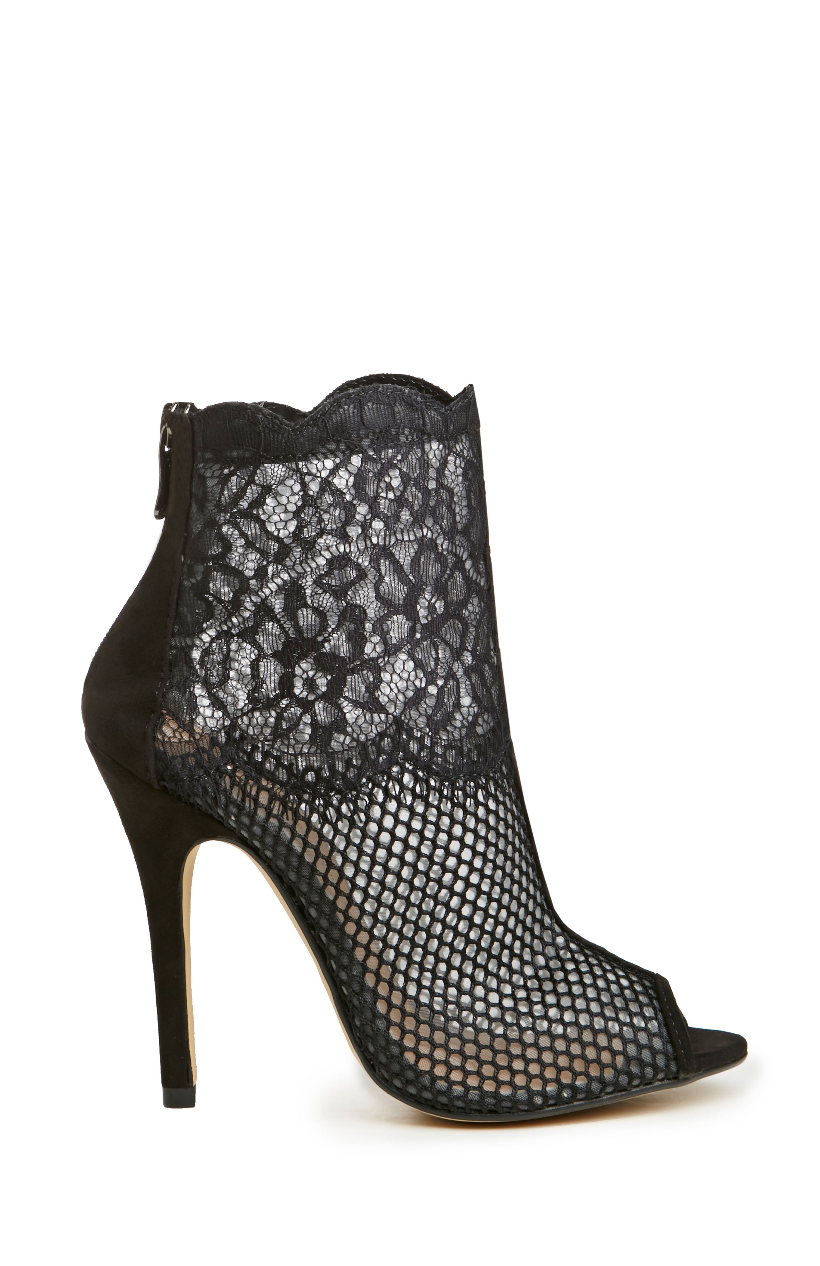 Dailylook: chinese laundry lace jeopardy heels in black