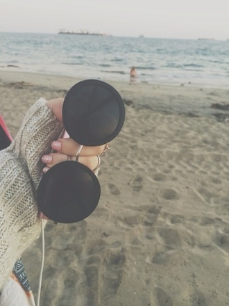 sunglasses sun beach girl round blackfashion highfashion