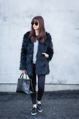 m loves m blogger sunglasses fuzzy coat faux fur black bag jacket sweater jeans shoes bag black fur coat