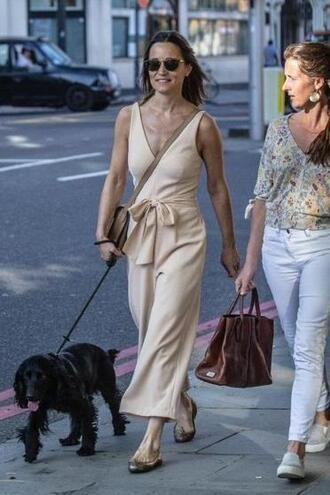 jumpsuit nude wide-leg pants pippa middleton streetstyle sunglasses flats