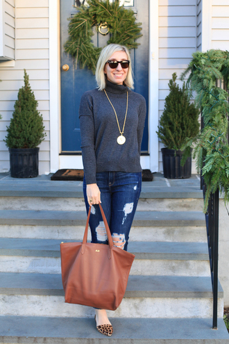 lemon stripes blogger sweater bag jeans jewels shoes sunglasses brown bag tote bag turtleneck sweater grey sweater