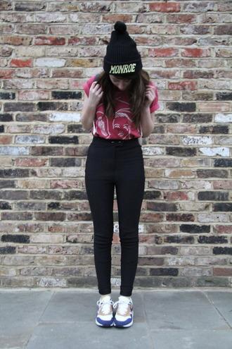 black pants high waisted pom pom beanie shoes hat marilyn monroe high waisted pants pants