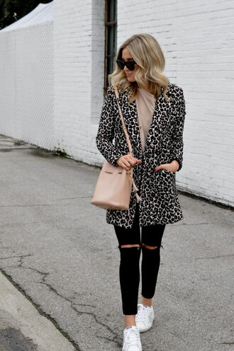 blondecollective blogger jacket top shoes sunglasses bag nude bag winter outfits black jeans sneakers bucket bag