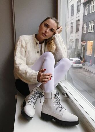 shoes boots cardigan blogger pernille teisbaek instagram winter outfits winter sweater