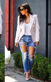 jeans,jacket,sunglasses,high heels,heels,top,summer outfits,beige,nude,ripped jeans,denim,hot pants,kim kardashian,white,white t-shirt,denim jacket,winter jacket,style,streetwear,streetstyle