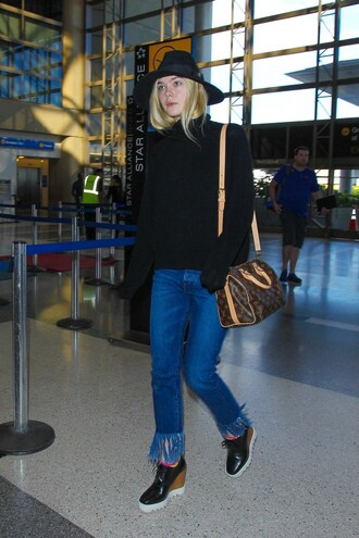 jeans elle fanning sweater turtleneck fall outfits fringes shoes frayed denim