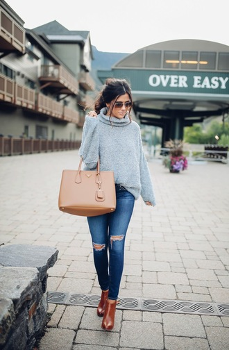 thesweetestthing blogger sweater bag sunglasses shoes jewels grey cardigan ripped jeans brown bag aviator sunglasses skinny jeans grey oversized sweater
