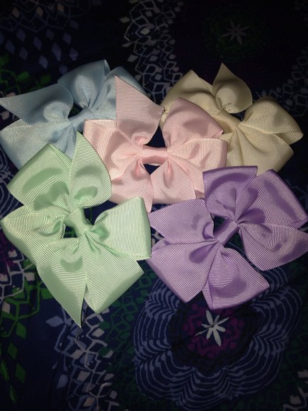 white tumblr cream shorts cute bows light pink light blue mint purple hair bow hair accessories instagram girly dress t-shirt
