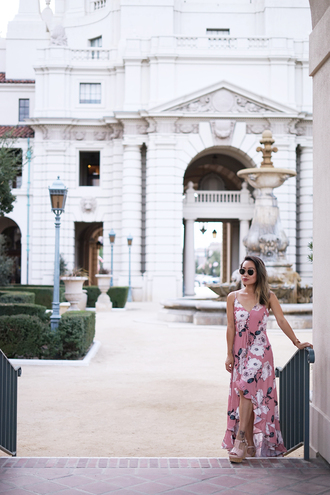 it's not her it's me blogger dress sunglasses shoes jewels summer dress summer outfits floral dress floral maxi dress