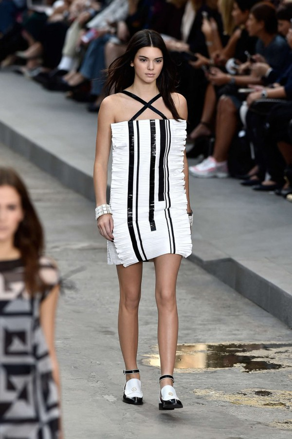 Kendall Jenner Black And White Dress September 2017