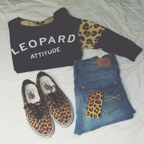 sweater jeans jewels leopard print iphone case shirt shoes shorts leapord high waisted denim shorts leopard print crewneck sweater leopard print sweater leopard print attitude black tumblr clothes vans abercrombie & fitch brown white letters leopard print vans animal print gangsta gangsta mobbin cute af must hav followme!! my new clothes sweet dress