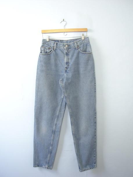 af5d59769698 Jeans vintage levis vintage jeans vintage denim levi jeans distressed denim  high waisted jeans jpg 458x610